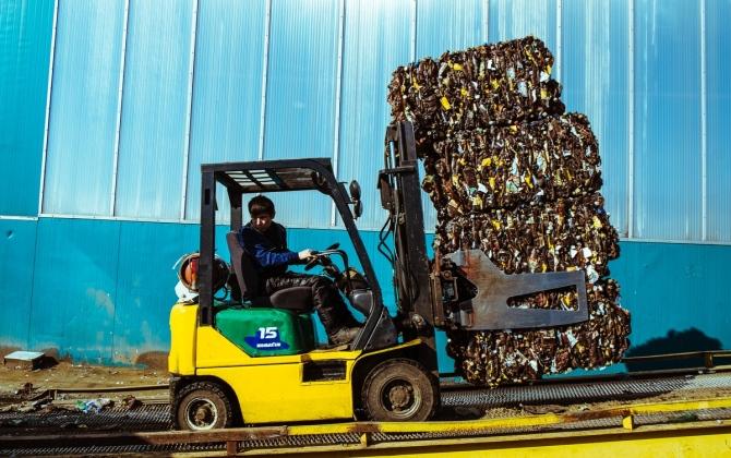 Ссылка дня: как сортируют мусор в Москве