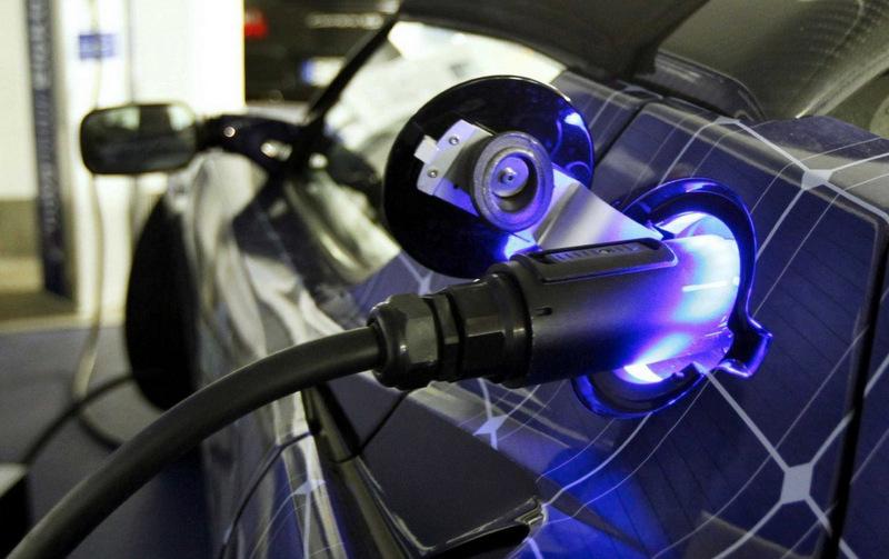 В Москве появятся 150 зарядных станций для электромобилей