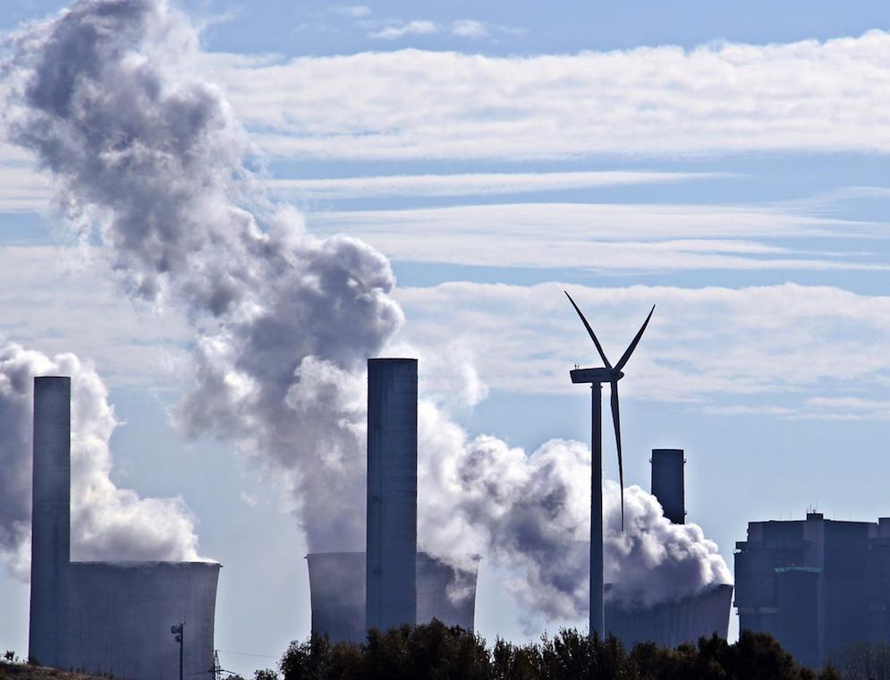Германия первой из крупных экономик откажется от угля и ядерной энергетики