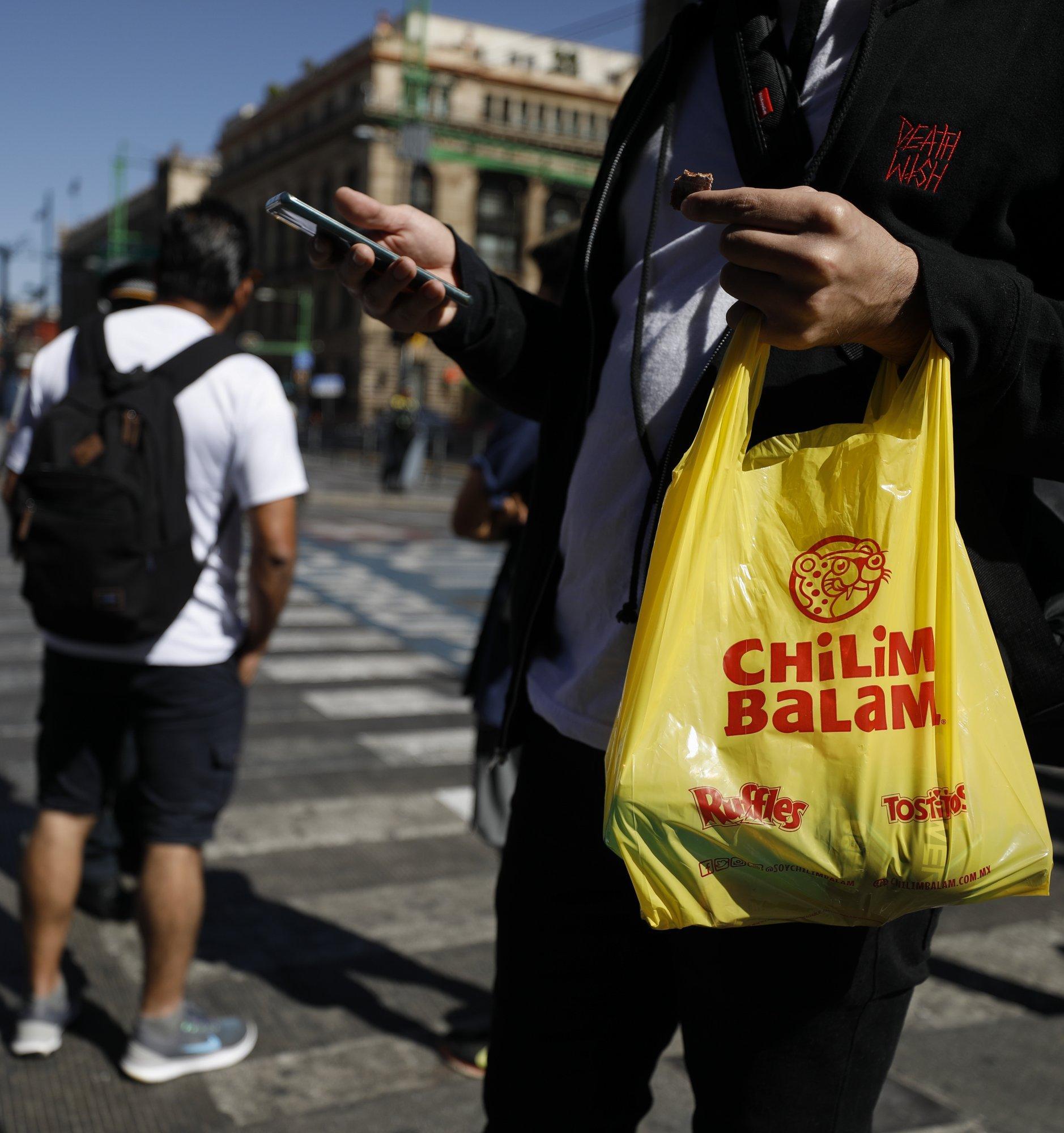 В Мехико вступил в силу запрет одноразовых полиэтиленовых пакетов