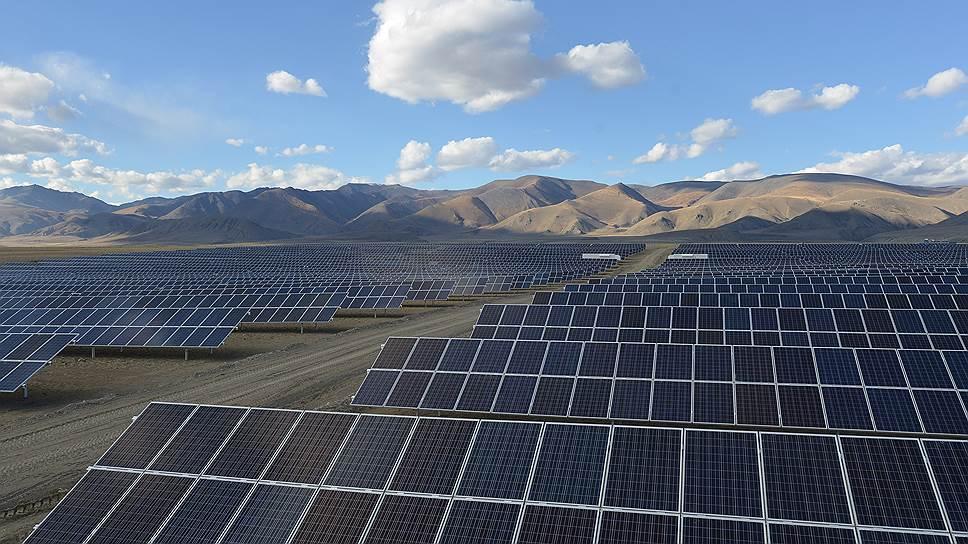 В Хакасии запустили крупнейшую солнечную электростанцию Сибири