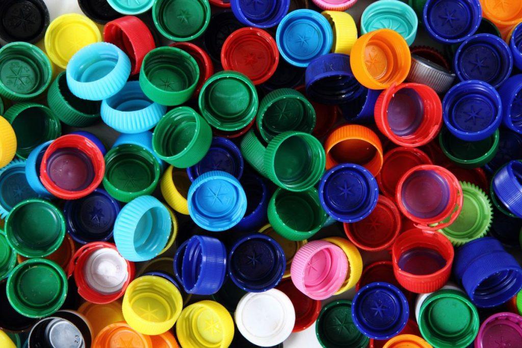 Московский магазин без упаковки будет принимать пластиковые крышечки
