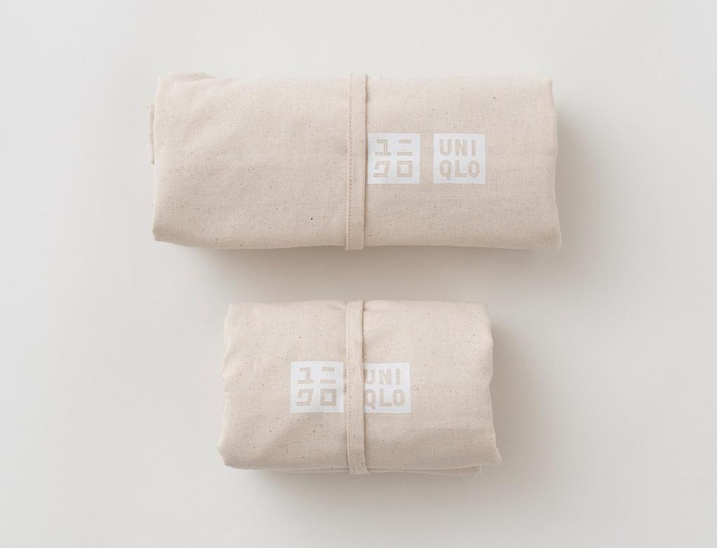 Uniqlo заменит пластиковые пакеты многоразовыми сумками для шоппинга