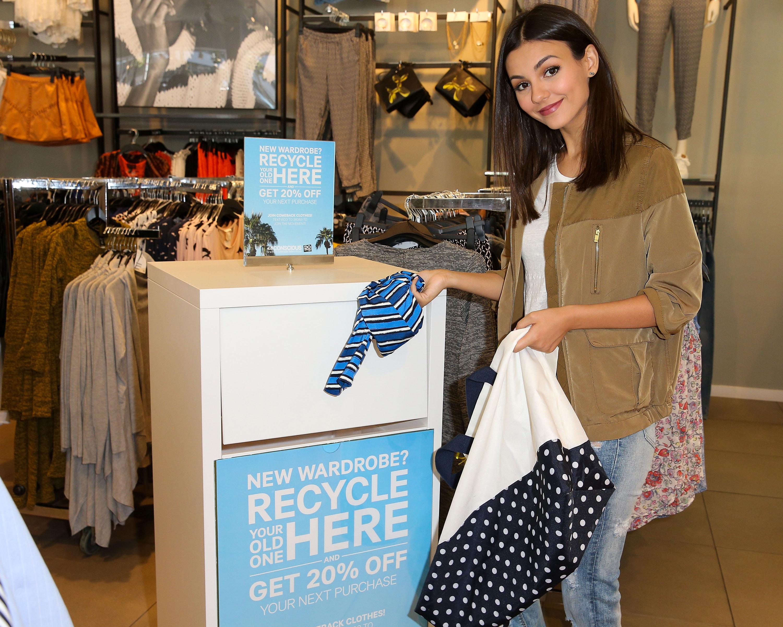 В H&M создали новую технологию переработки одежды
