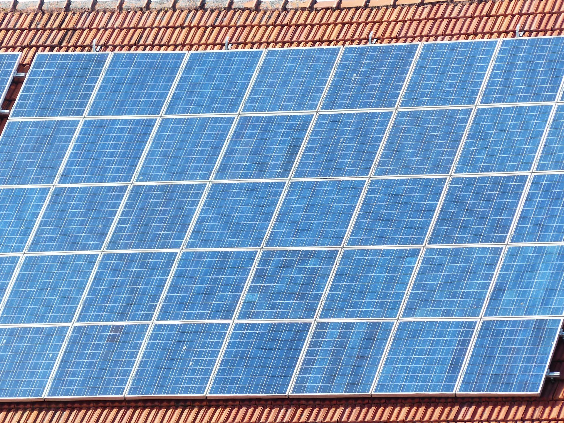 Ссылка дня: как установить солнечные панели в своем доме и заработать на этом