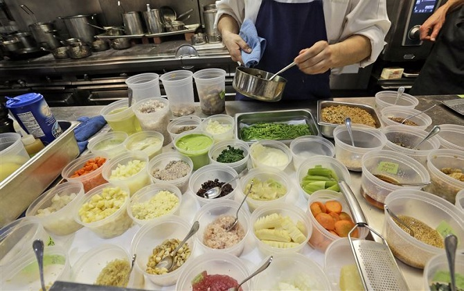 В ресторане Нью-Йорка готовят еду из остатков продуктов