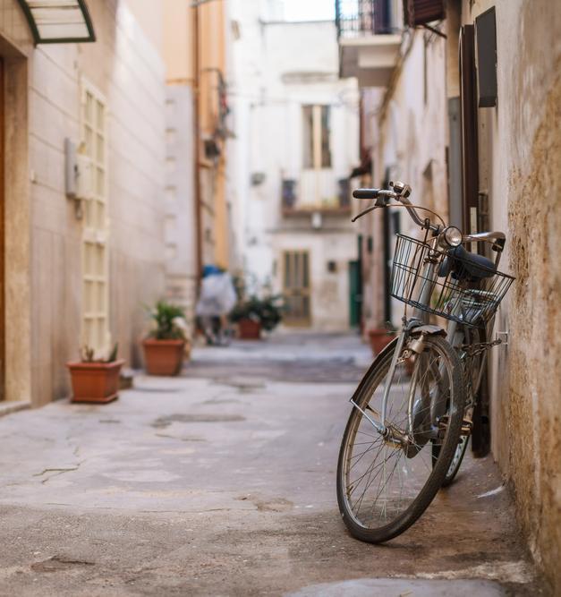 Жителям итальянского города Бари заплатят за езду на велосипеде
