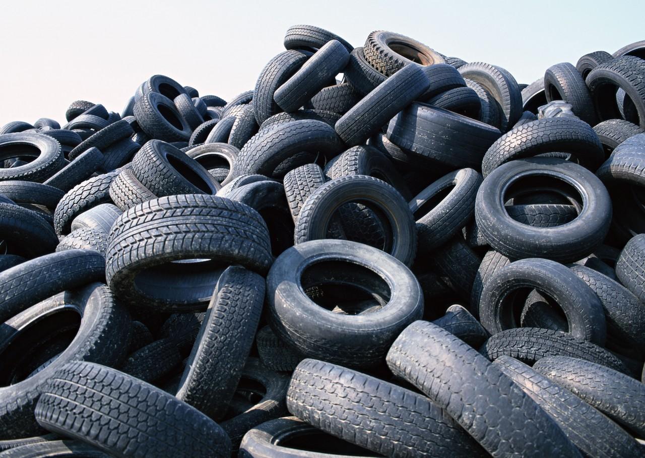 Стартовала акция по приему шин на переработку