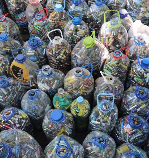 С начала года москвичи собрали более 1,5 тонны батареек