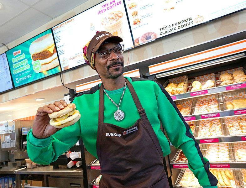 Снуп Дог снялся в рекламе веганского сэндвича