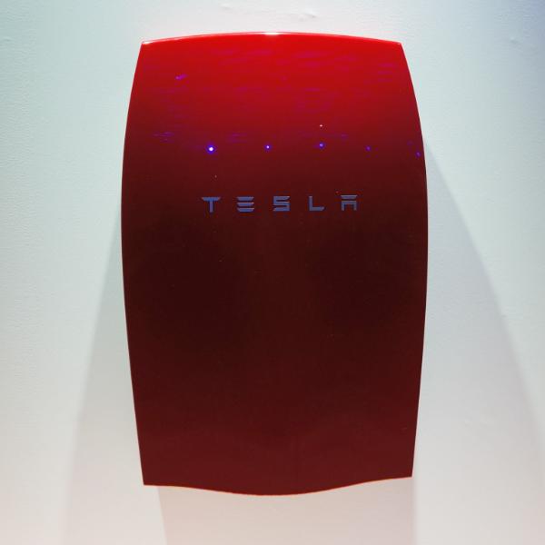 Все, что нужно знать о новых домашних аккумуляторах Tesla
