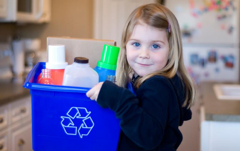 На празднике «Дети в городе» будут принимать отсортированный мусор