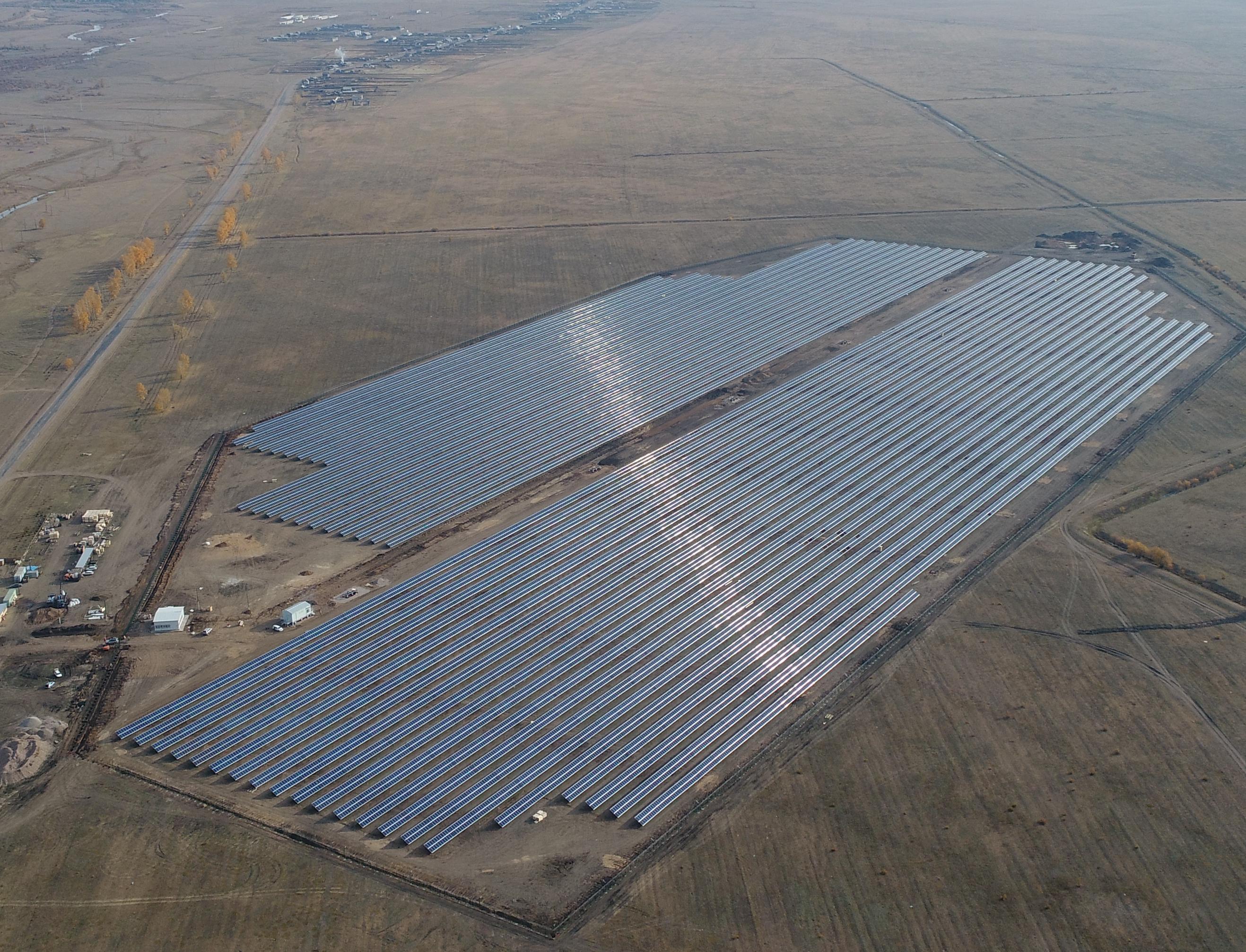 В Бурятии ввели в строй солнечную электростанцию