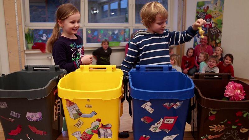 Школьников приглашают принять участие в конкурсе о раздельном сборе мусора