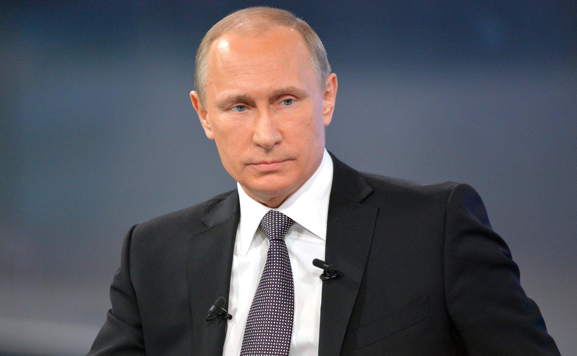 Путин рассказал о борьбе с незаконными свалками