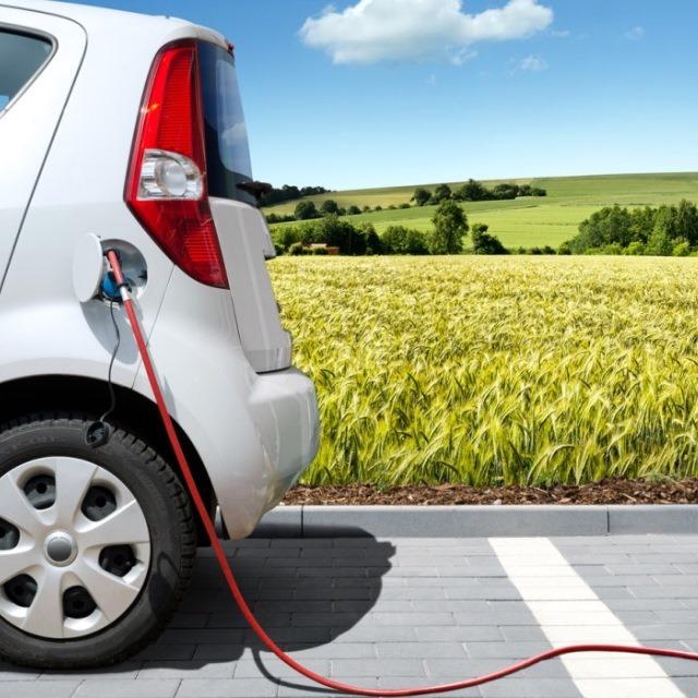 Владельцев электромобилей в Германии избавят от налогов