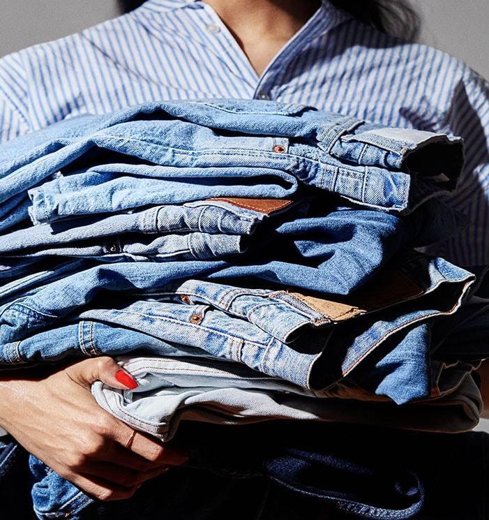 Куда уходят вещи: собранную в H&M для переработки одежду продают в Подмосковье вместо отправки в Германию
