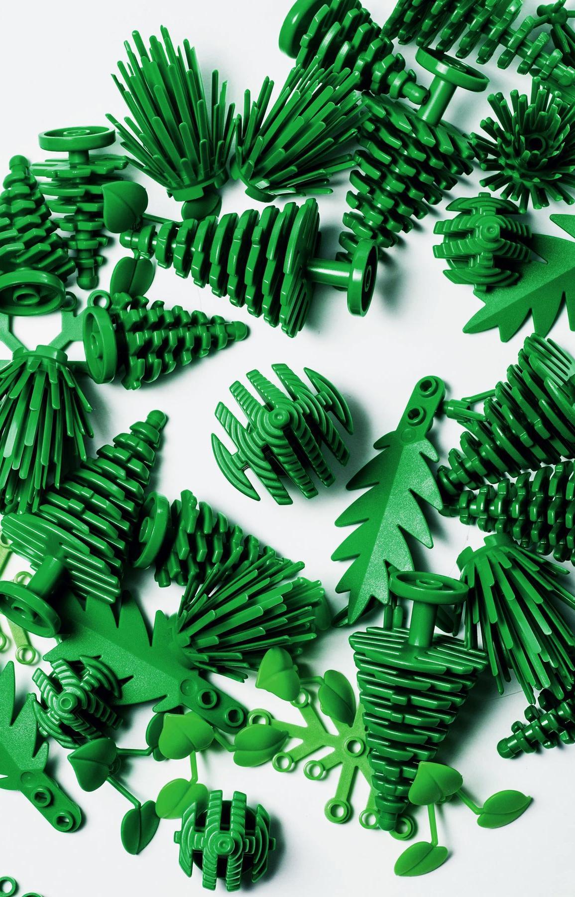Появились первые конструкторы LEGO из сахарного тростника