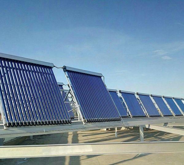 В ТЦ «Мега» установили нагревающие воду солнечные панели