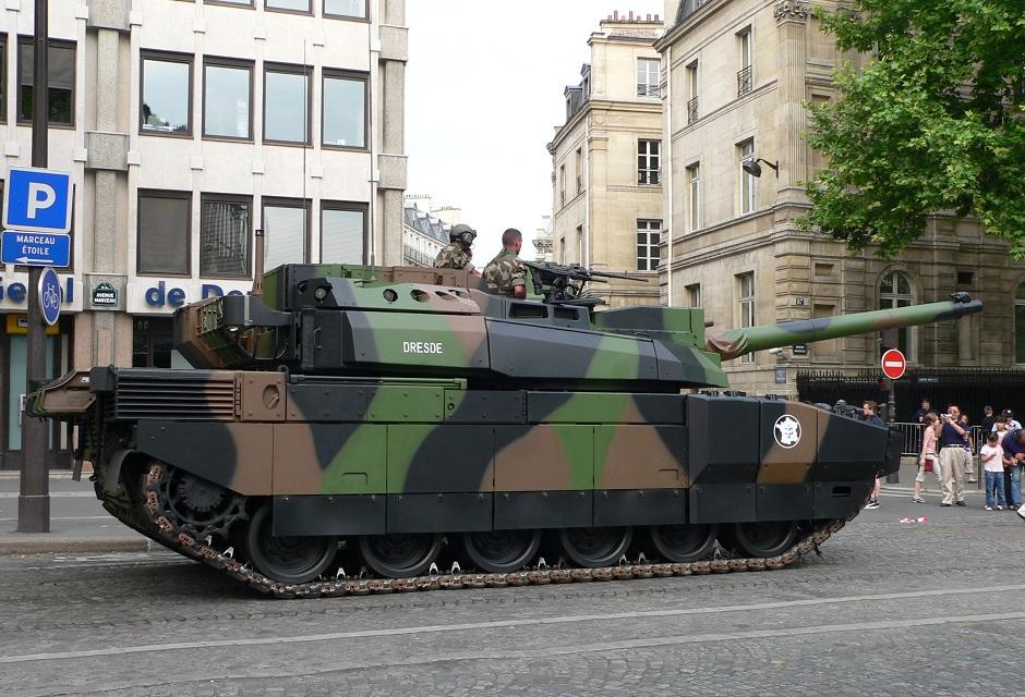 Французские танки перейдут на биотопливо