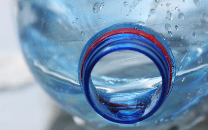 Ссылка дня: почему надо перестать покупать воду в пластиковых бутылках