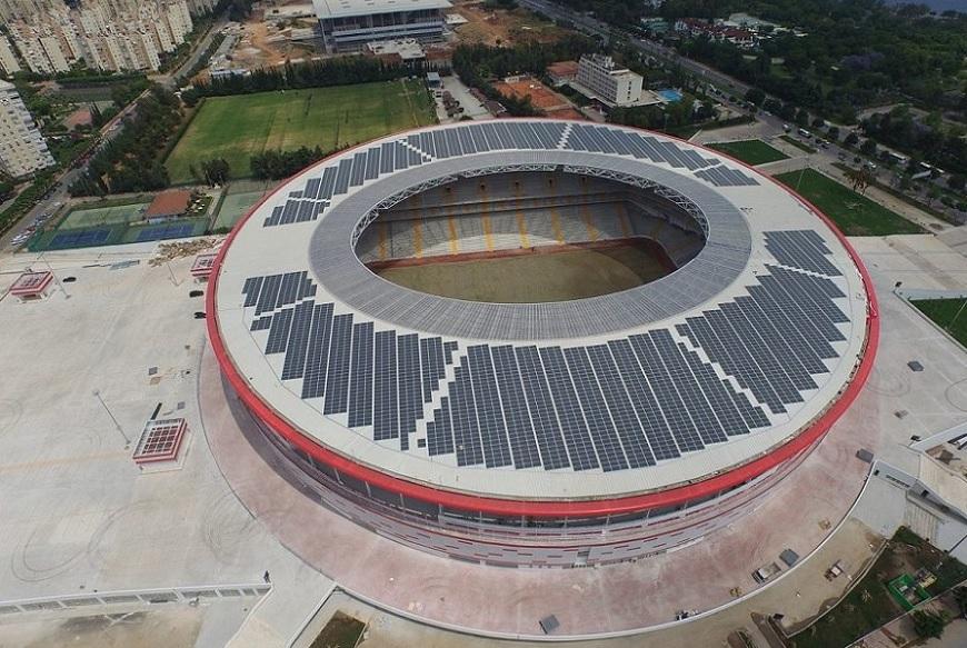 Турция построила крупнейший в мире стадион на солнечных батареях