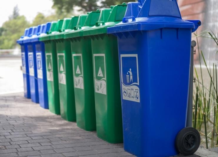 В Сочи установили контейнеры для раздельного сбора мусора