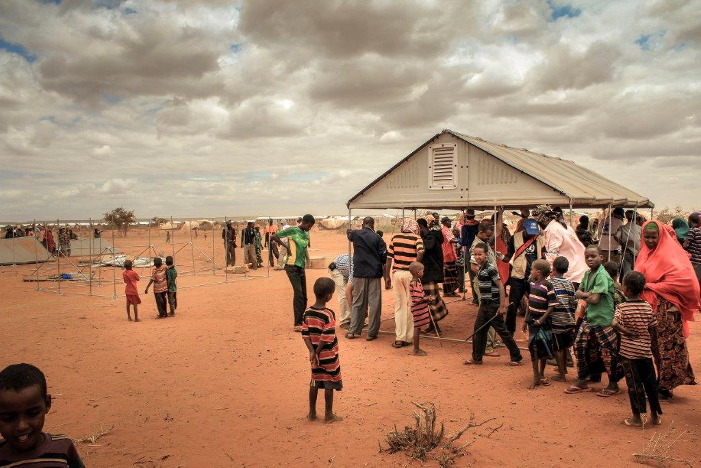 ИКЕА разработала для беженцев дом на солнечных батареях