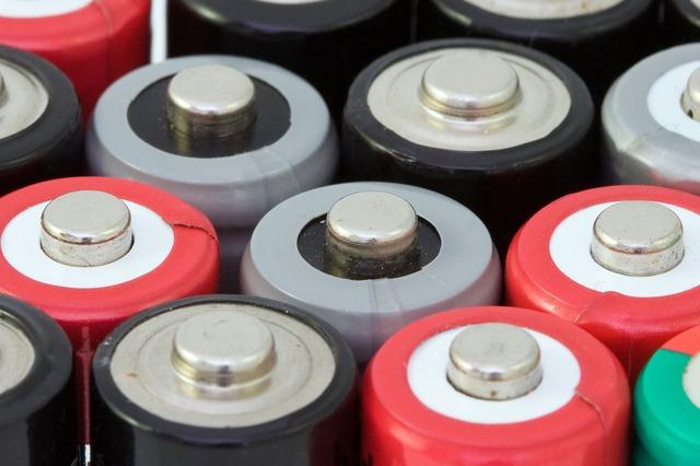 Активисты объявили сбор средств на вывоз тонны батареек на утилизацию
