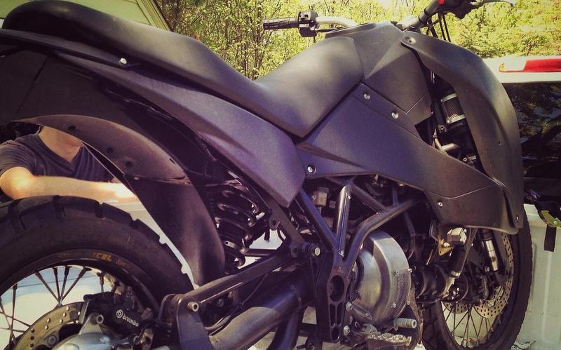 Вещь дня: мотоцикл с салом вместо бензина