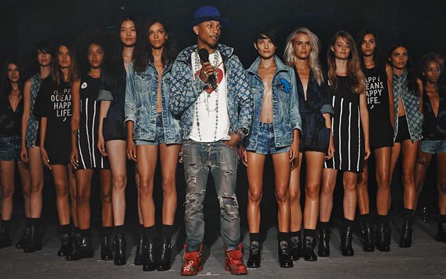 Фаррелл вместе с G-Star представили вторую коллекцию одежды из переработанного пластика