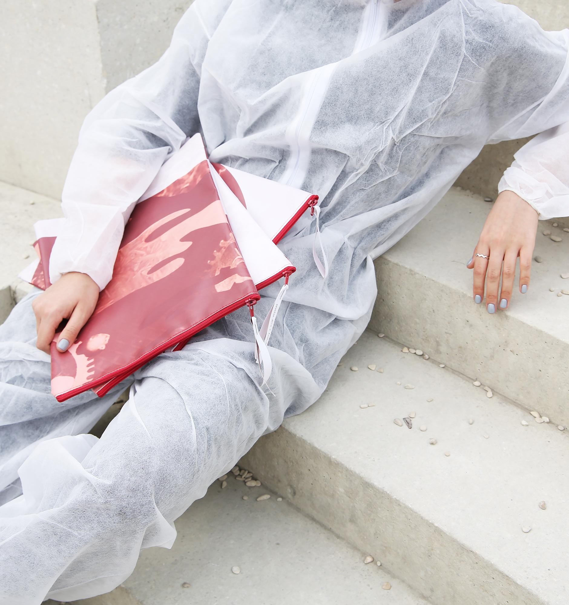 Проект Banements из Москвы: как из ненужных баннеров производят модные аксессуары