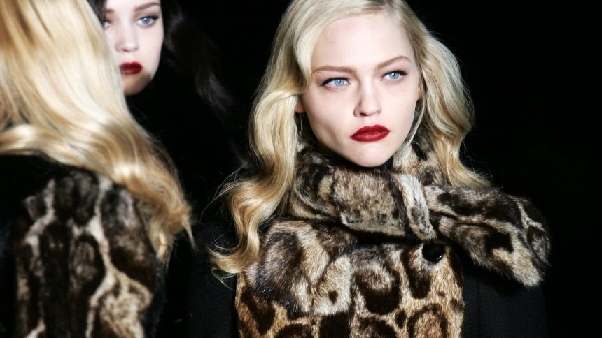 Gucci больше не будет выпускать одежду из натурального меха