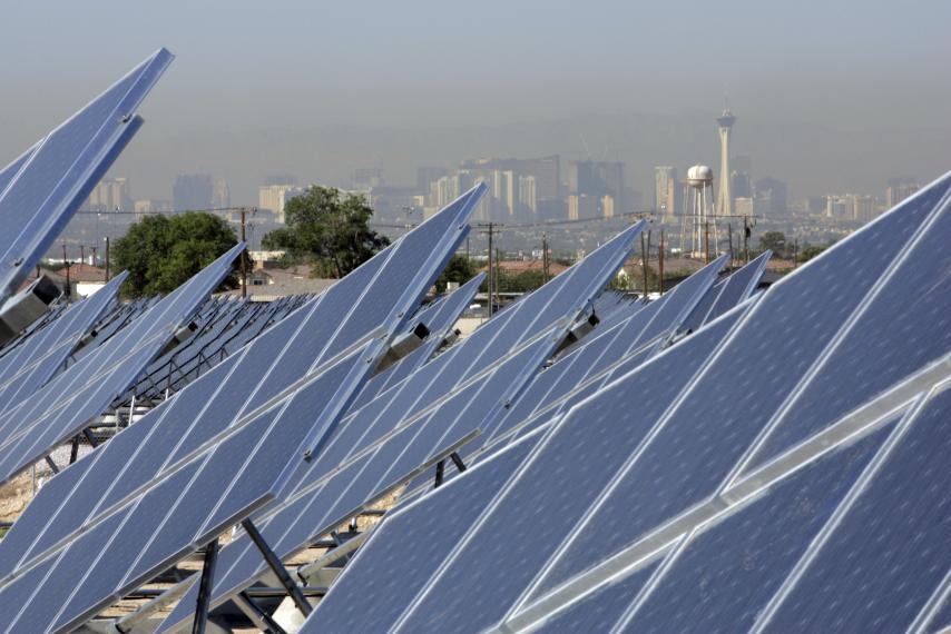 Лас-Вегас полностью перешел на альтернативные источники энергии