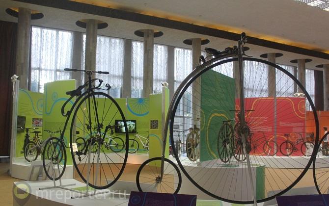 На ВДНХ проходит выставка, посвященная велосипеду