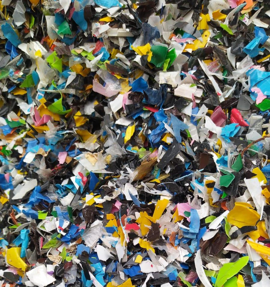 В России осваивают переработку цветных ПЭТ-подложек