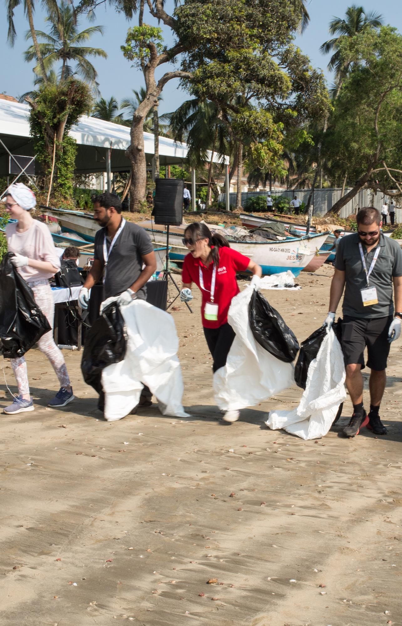 Российский экологический квест «Чистые игры» впервые провели в Индии