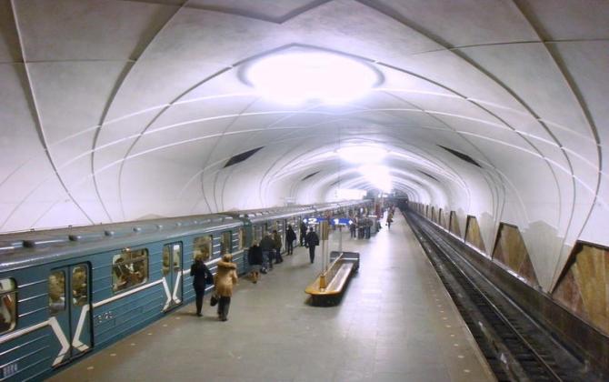 30 000 лампочек в московском метро заменят на экологичные светодиодные