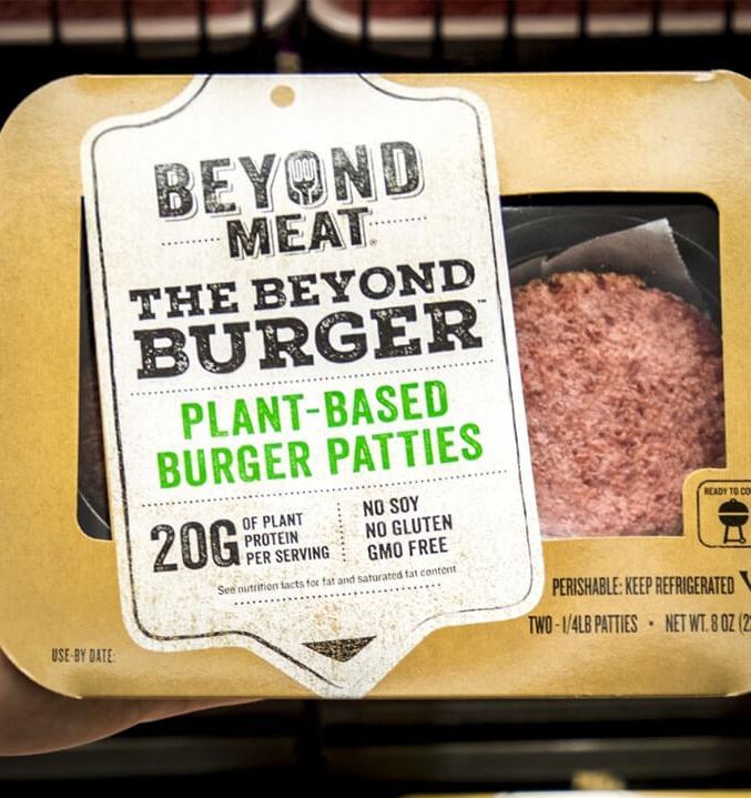 «Азбука вкуса» начала продавать искусственное мясо Beyond Meat