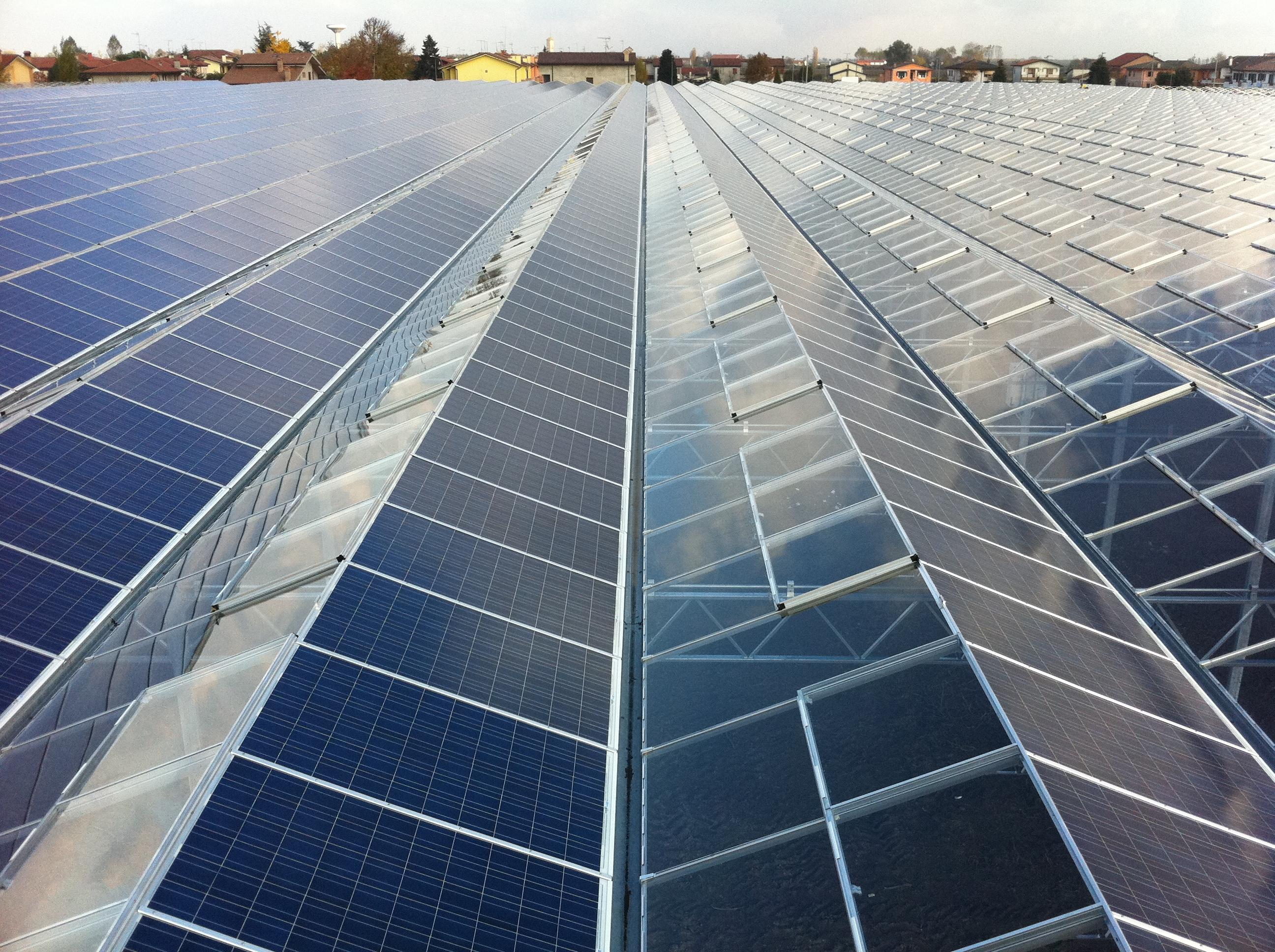 В Японии создали самую эффективную в мире солнечную батарею