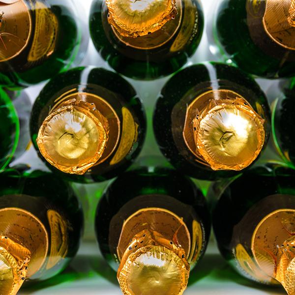 Что делать с бутылками после новогодних праздников
