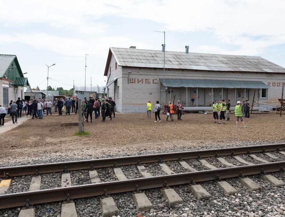На станции Шиес открыли проход на строительную площадку