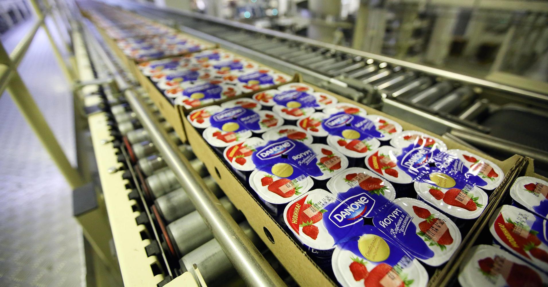 Nestle и Danone вместе разработают экологичный пластик из опилок и картона