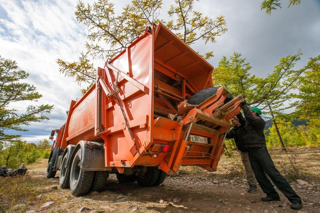1,29 млрд рублей выделили на внедрение сортировки мусора вокруг Байкала