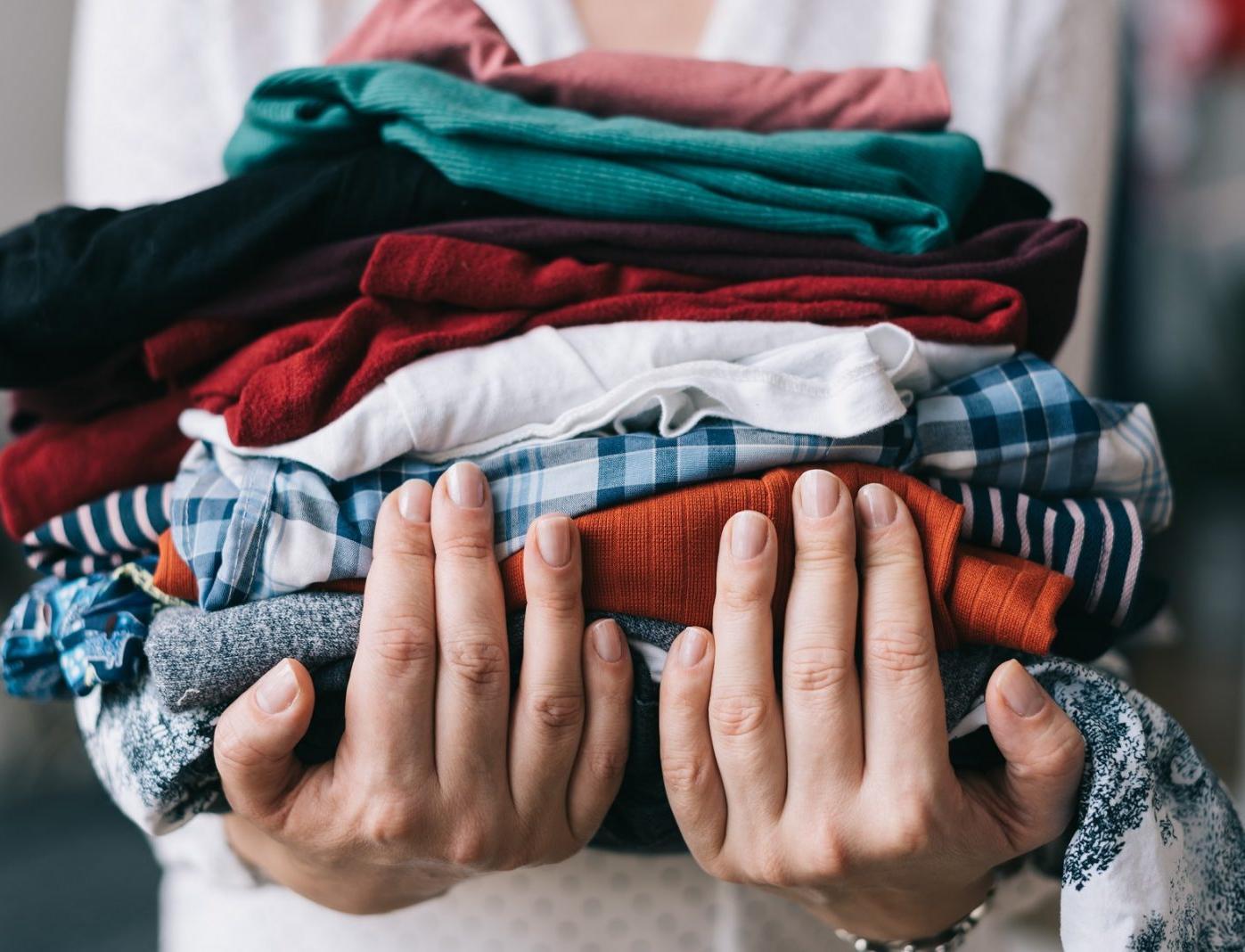 На самоизоляции москвичи стали выбрасывать больше одежды и текстиля