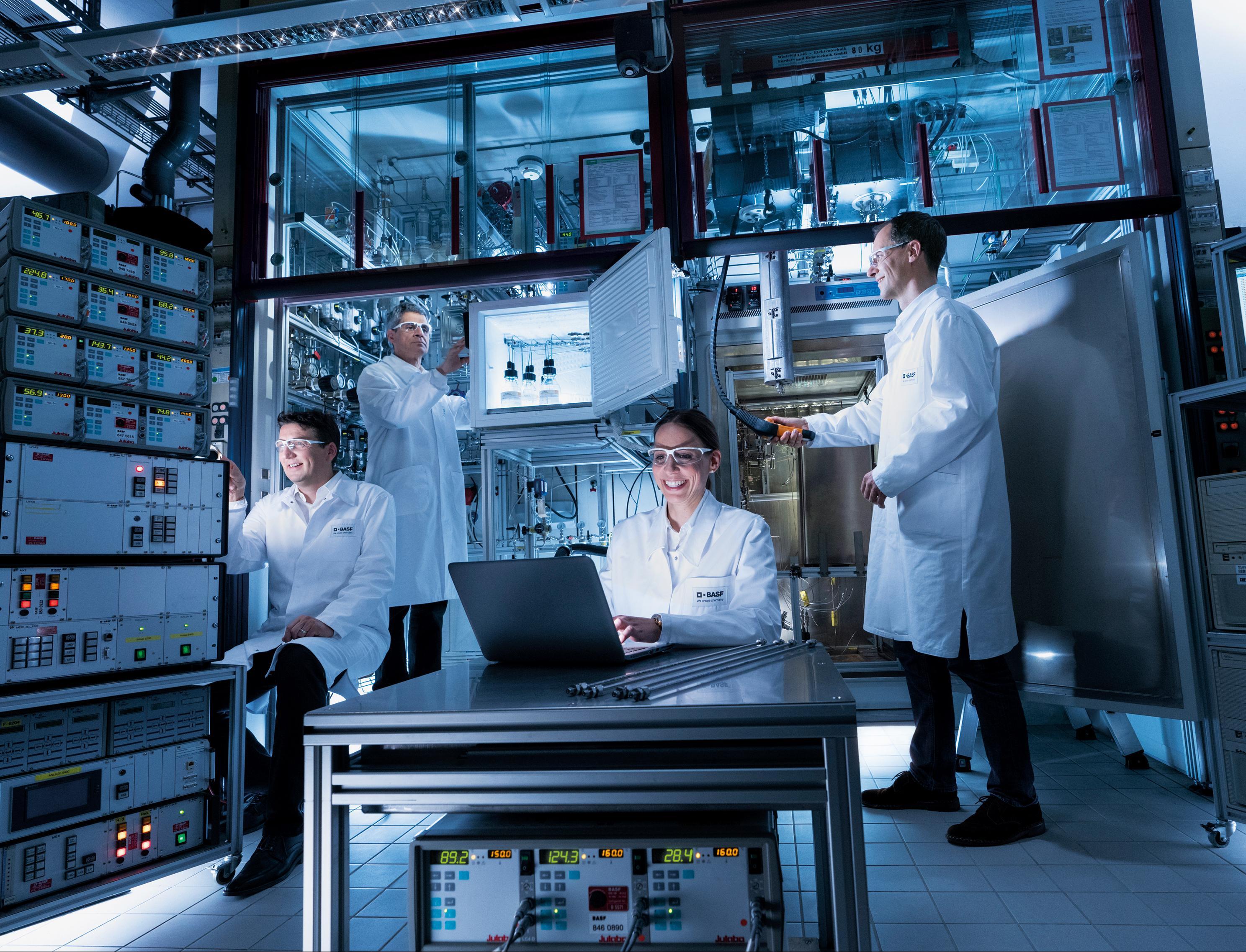 Как концерн BASF планирует достичь климатической нейтральности