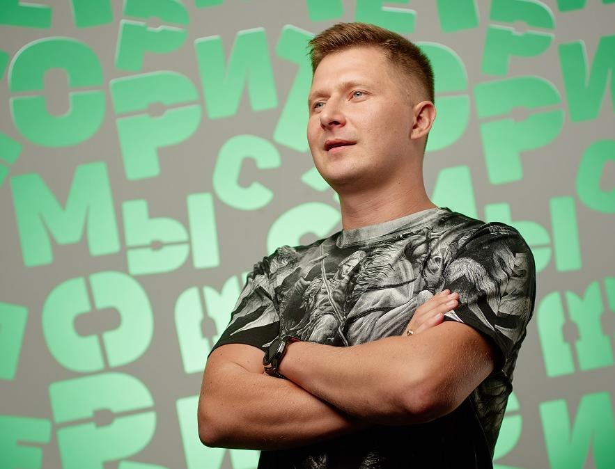 Создатель экопроекта «Умная SREDA» Алексей Чехранов о будущем производства уличной мебели из переработанного полиэтилена