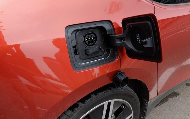 Ссылка дня: можно ли в Москве ездить на электромобиле
