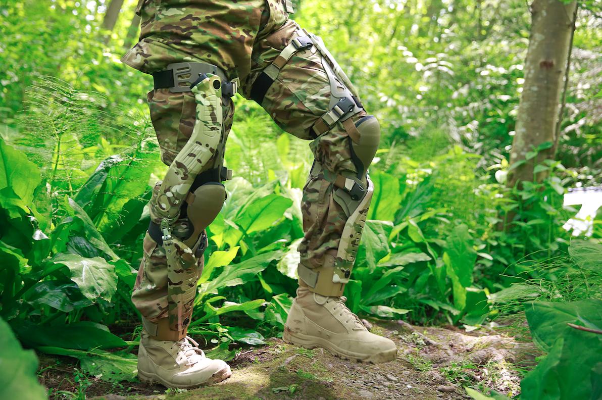 Из коленей солдат сделают экологичные электрогенераторы