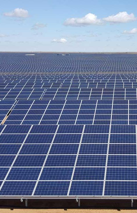 Зеленая энергия: Как в Астраханской области строят солнечные электростанции